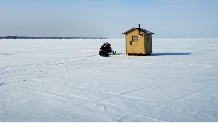 best ice fishing lakes in Alaska